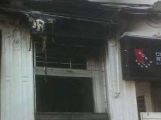 4 niños incendian la tienda oficial de Newell's en Rosario
