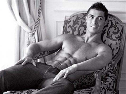 """Cristiano Ronaldo pondrá su nombre a colección de """"Gayumbos"""""""