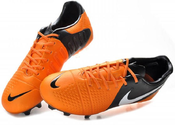 nike CTR360 Maestri III orange black naranjas 2013 04