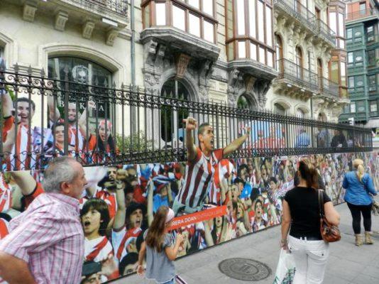 Fachada de las Junta Generales de Bizkaia en Bilbao