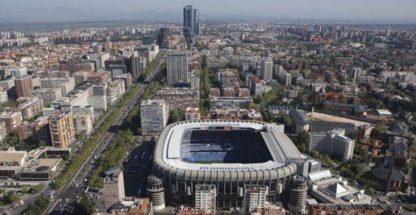 Particulares expropiados se querellan contra Botella por la operación 'Nuevo Bernabéu'