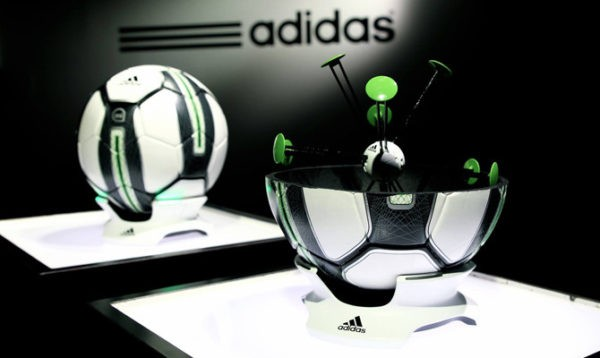 Adidas miCoach Smartball, el balón inteligente