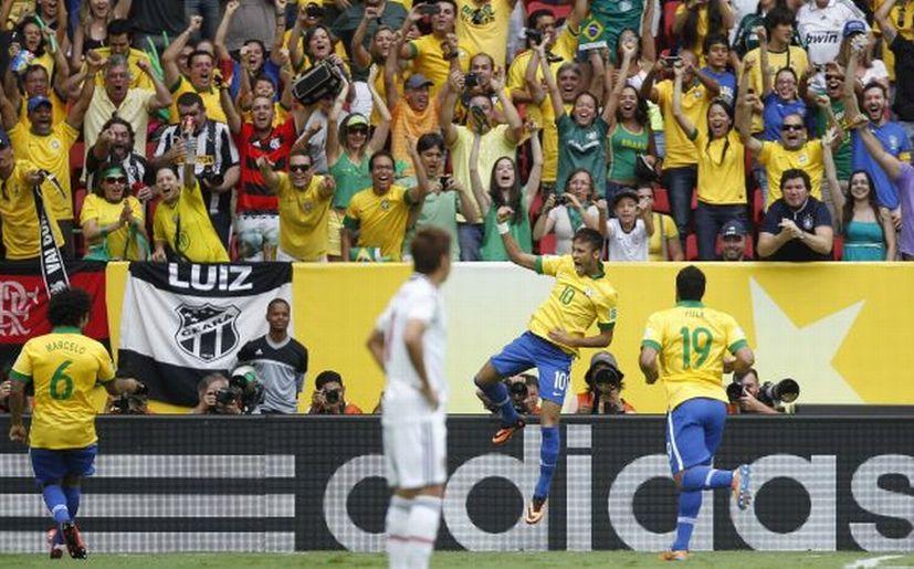Hinchas brasileños aconsejan a Scolari por Twitter