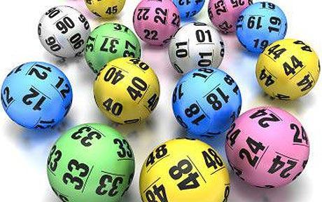 Le toca la lotería y compra a su futbolista favorito