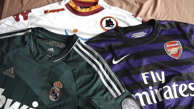 El negocio de las camisetas de fútbol falsas