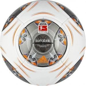 bundesliga-13-14-torfabrik-ball-2