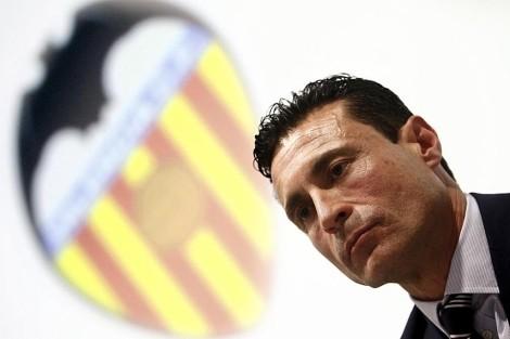 El Valencia busca en Londres una inyección de capital