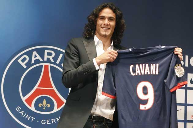 Nunca el Nápoles vendió tan bien como con Cavani