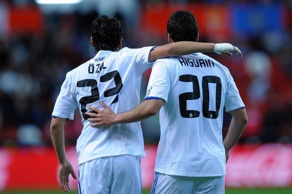 El Madrid firma el mejor negocio de su historia con las ventas de Özil e Higuaín