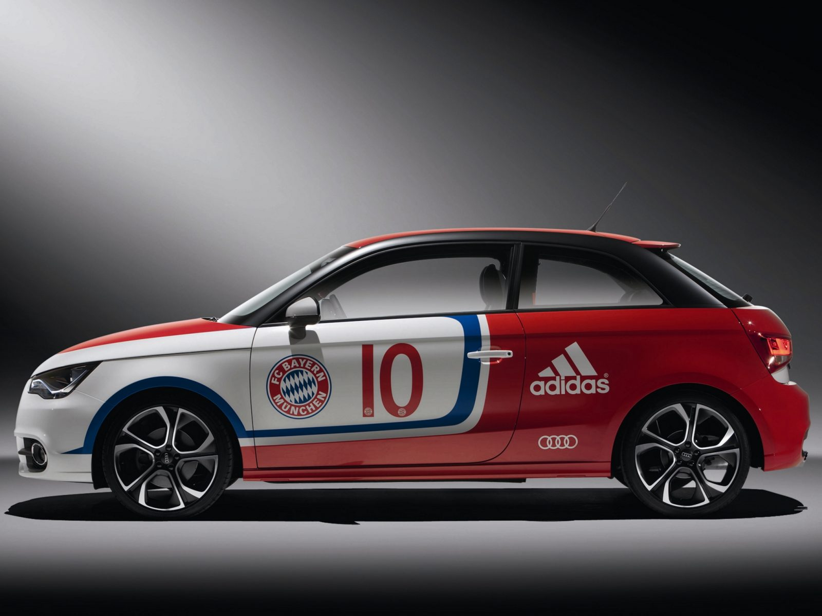 Audi A1 FC Bayern Concept 2010 3
