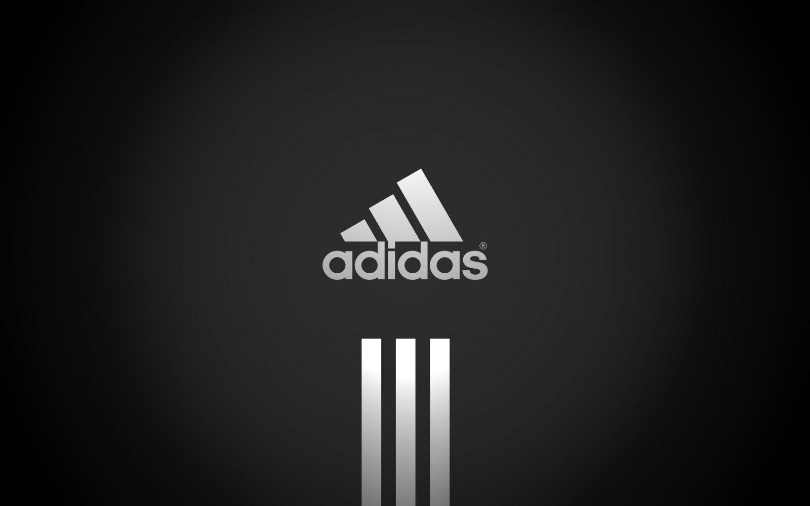 """Adidas recula y permite personalizar sus zapatillas con las palabras """"gay"""" y """"lesbiana"""""""