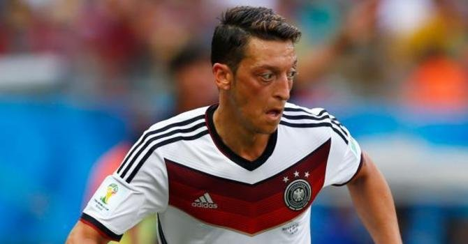 thumb wide Mesut Ozil Mundial
