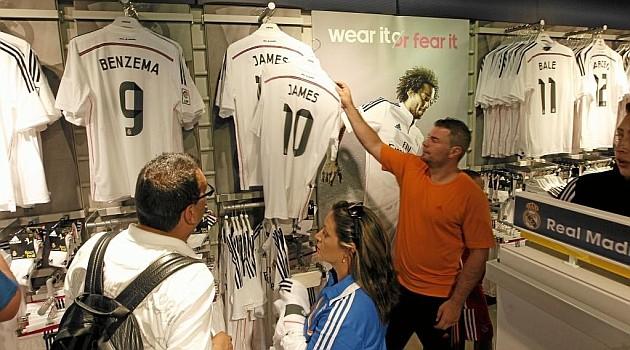 ¿Cuántas camisetas de James Rodriguez se vendieron tras su presentación?