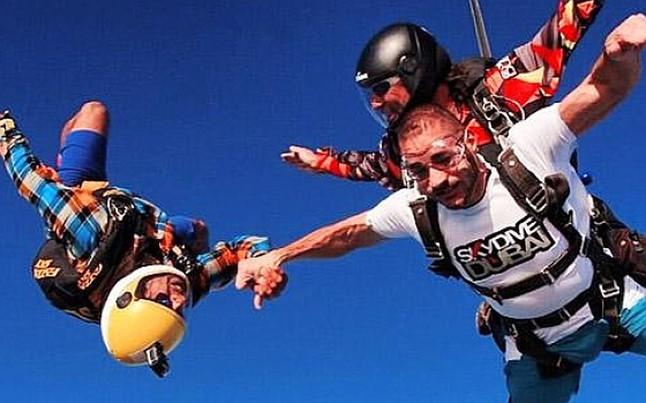 benzema puede costar muy caro lanzamiento paracaidas vacaciones 1420233691574