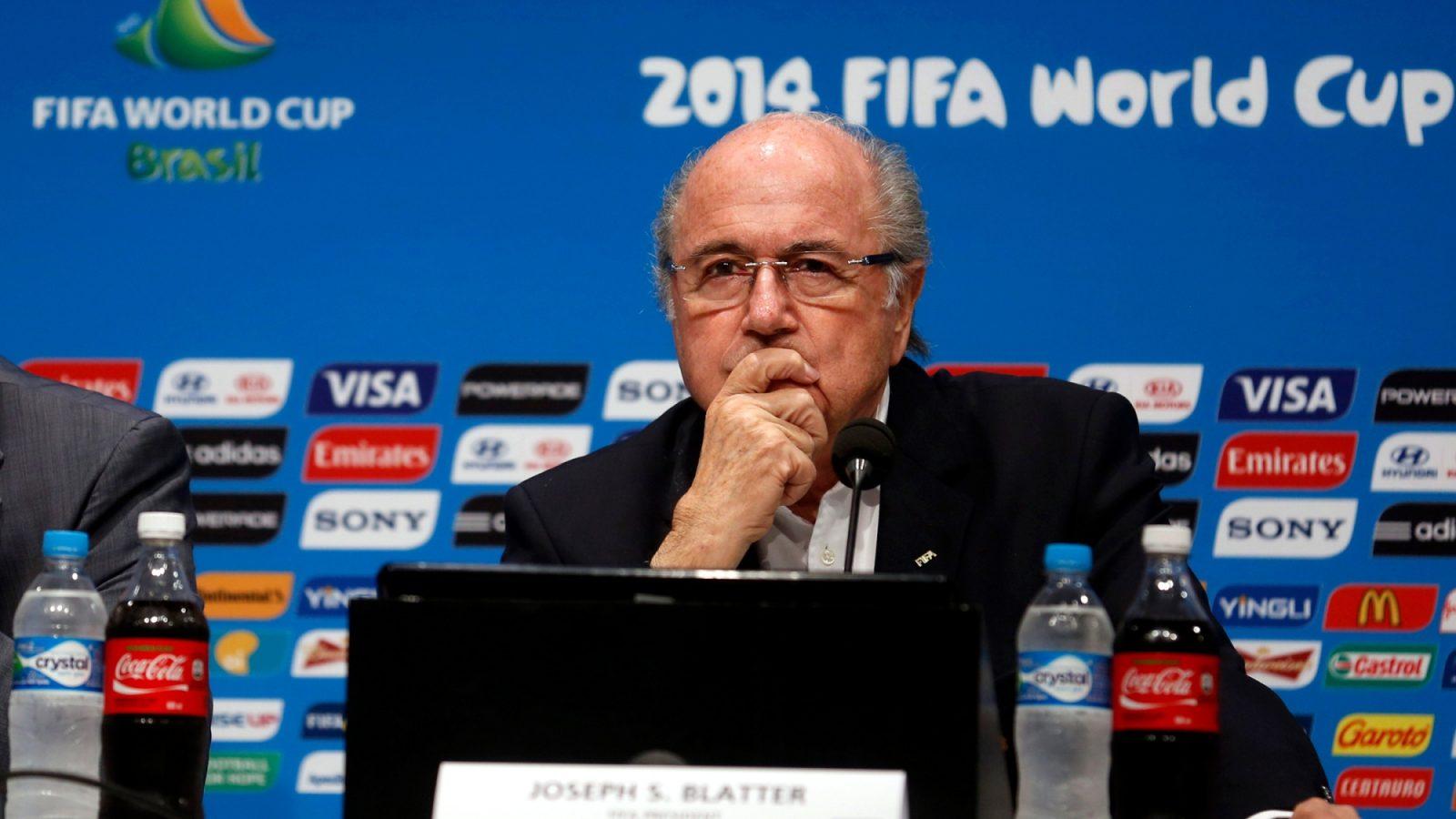 Coca-Cola, AB InBev, McDonald's y Visa piden la renuncia de Blatter