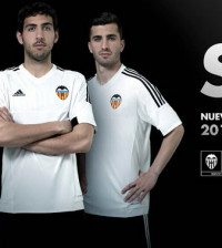 Adidas_Camiseta_Valencia_2016_(1)