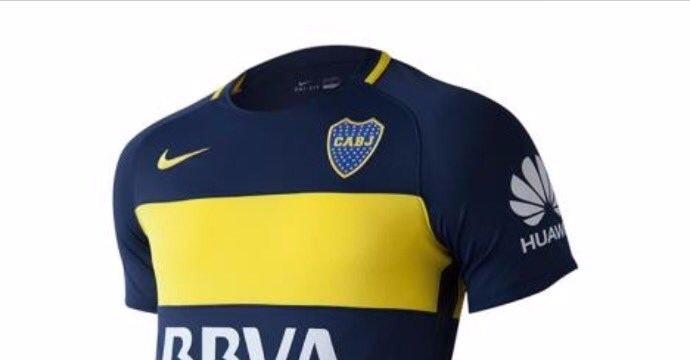 La camiseta de Boca se convierte en un cartel publicitario