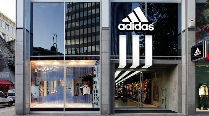 Adidas abre su tienda más grande del mundo