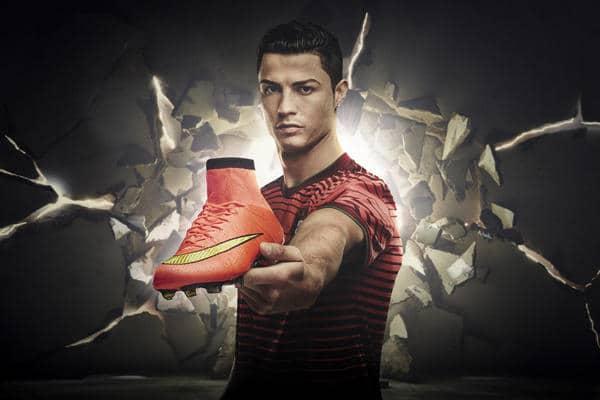 Nike firma un acuerdo multimillonario con Cristiano Ronaldo