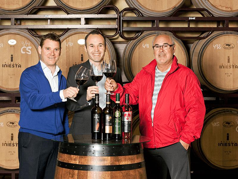 El FC Barcelona le hace la competencia a Iniesta con una marca de vino propia