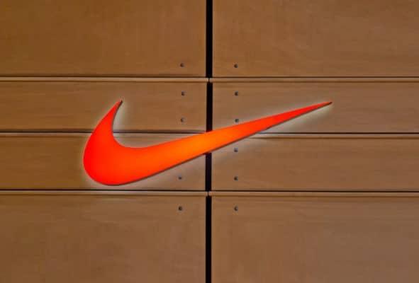 Nike recurre a sus futbolistas top para promocionar FIFA 18